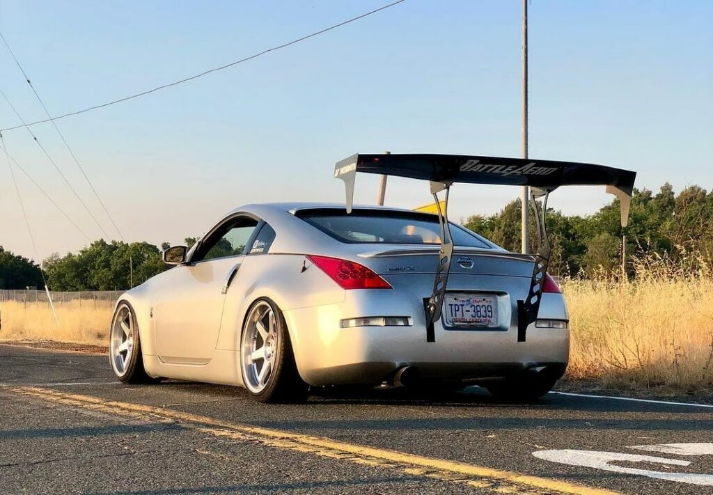 Nissan 350z on Stance XR1 Coilovers