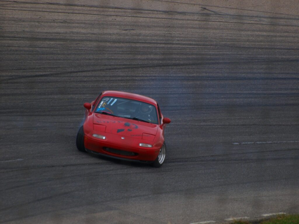 Drifting Miata with stiff sway bars