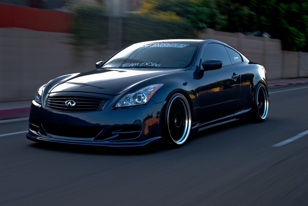 Infiniti G37 Coupe on air suspension.