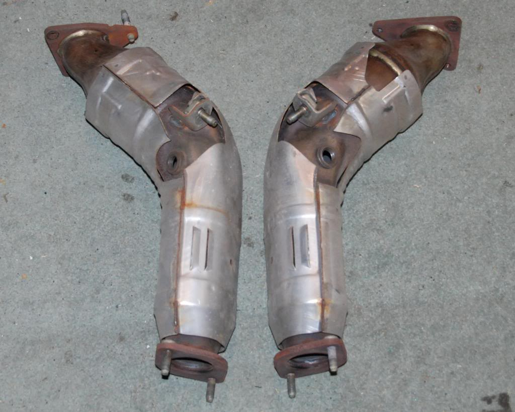 OEM Nissan 370z catalytic converters