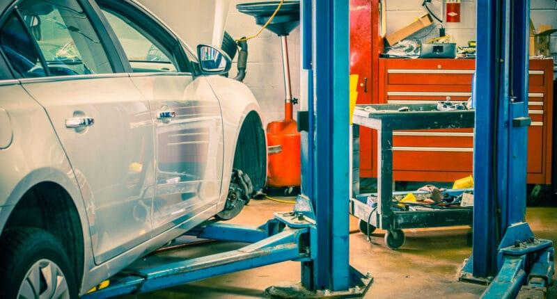 Choosing the Best Car Lift