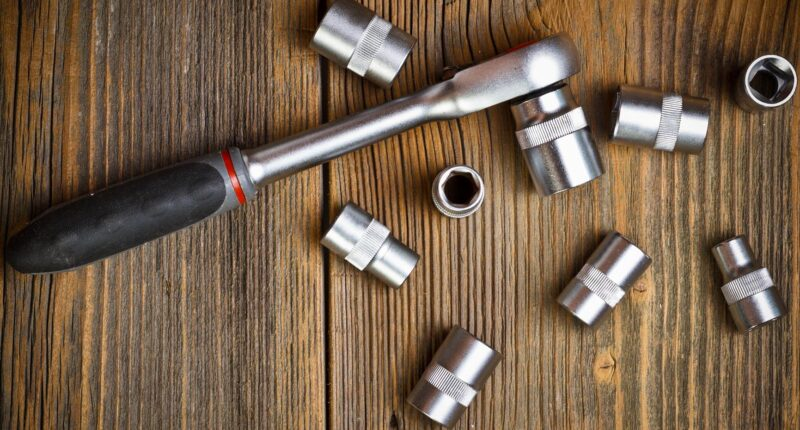 Best Socket Sets for Mechanics & DIY Car Maintenance